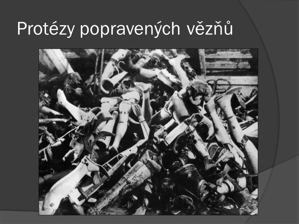 Protézy popravených vězňů
