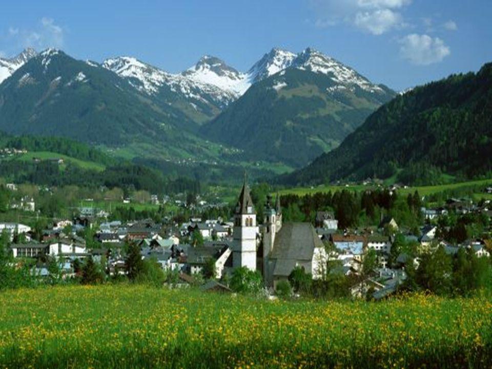 Rakousko Hranice: s Lichtenštejnskem, Švýcarskem, Itálií, Slovinskem, Maďarskem, Slovenskem, Českou Republikou, Německem Hranice: s Lichtenštejnskem,