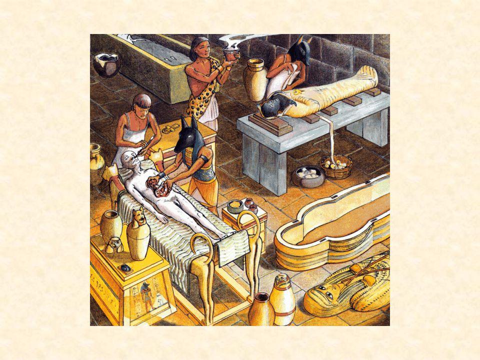 Tutanchamon zemřel 18ti letý nebyl nijak významný ale objev jeho nevyloupené hrobky r.
