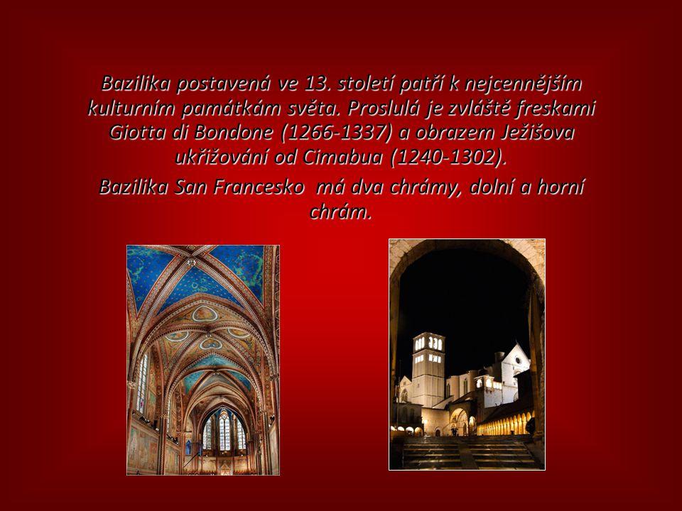 Příchod k bazilice sv. Františka.