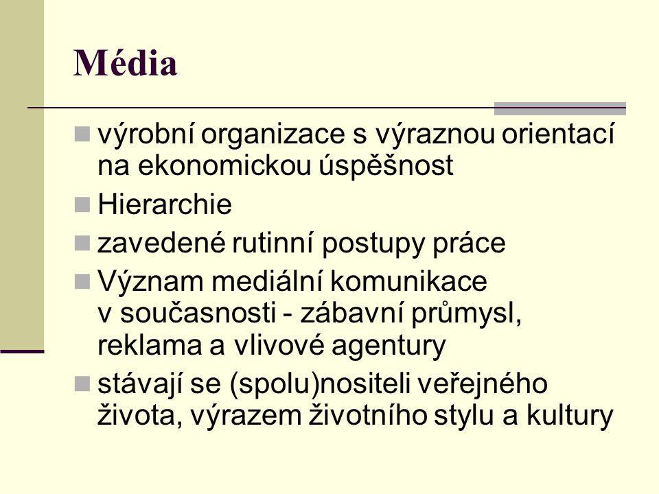 OBSAH MEDIÁLNÍ VÝCHOVY - - MEDIÁLNÍ GRAMOTNOST Mediální komunikace je komplexní sociální jev, odehrávající se ve všech rovinách života společnosti, významně se podílející na jeho podobě a kvalitě.