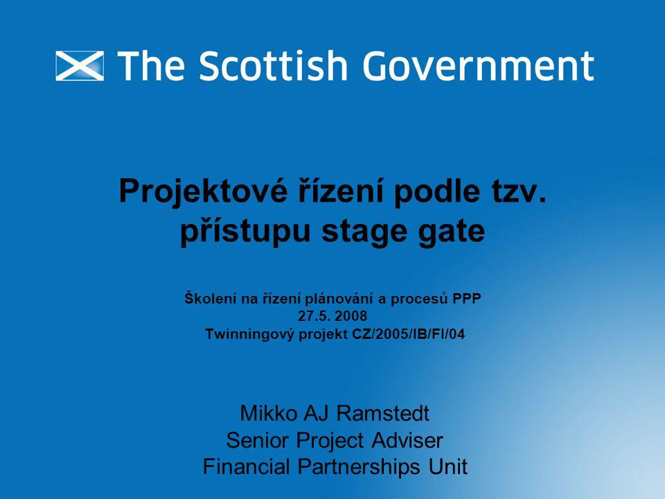 Úvod Obecné informace Přístup stage gate (založený na několika fázích a branách) Potřeba dodržování přesně stanoveného postupu PPP vs.