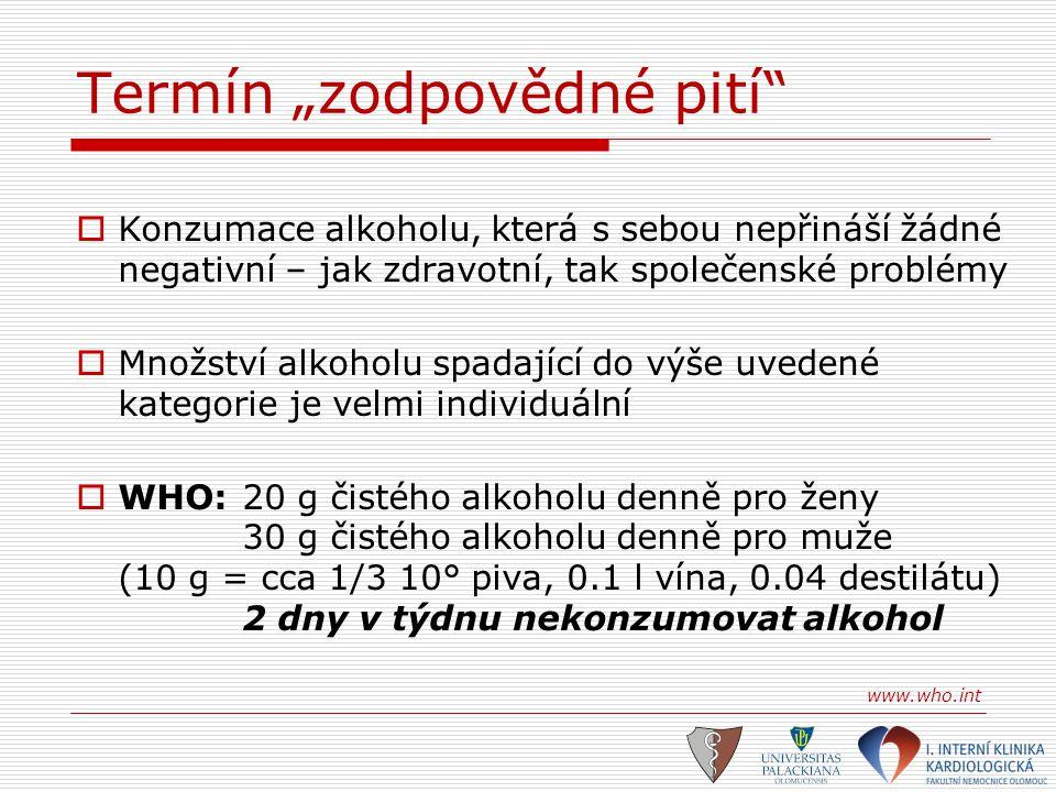 Zajímavé studie I.Physician's Health Study 21.000 lékařů 11 let sledování 2 drinky denně x 1/0:56 % riziko anginy pectoris 47 % riziko IM Camargo CA Jr.: Ann Intern Med 1997:126:372-375 II.Alkohol and mortality in middle-aged men in France 34014 mužů středního věku 15 let sledování 77 % z celkového počtu pilo alkohol (víno) 2 drinky denně:24 % snížení celkové mortality víno – 0,3-0,4 denně:31 % dtto napříč všemi socioekonomickými třídami a to i u kuřáků Renaud SC: Epidemiology 1998:184-188