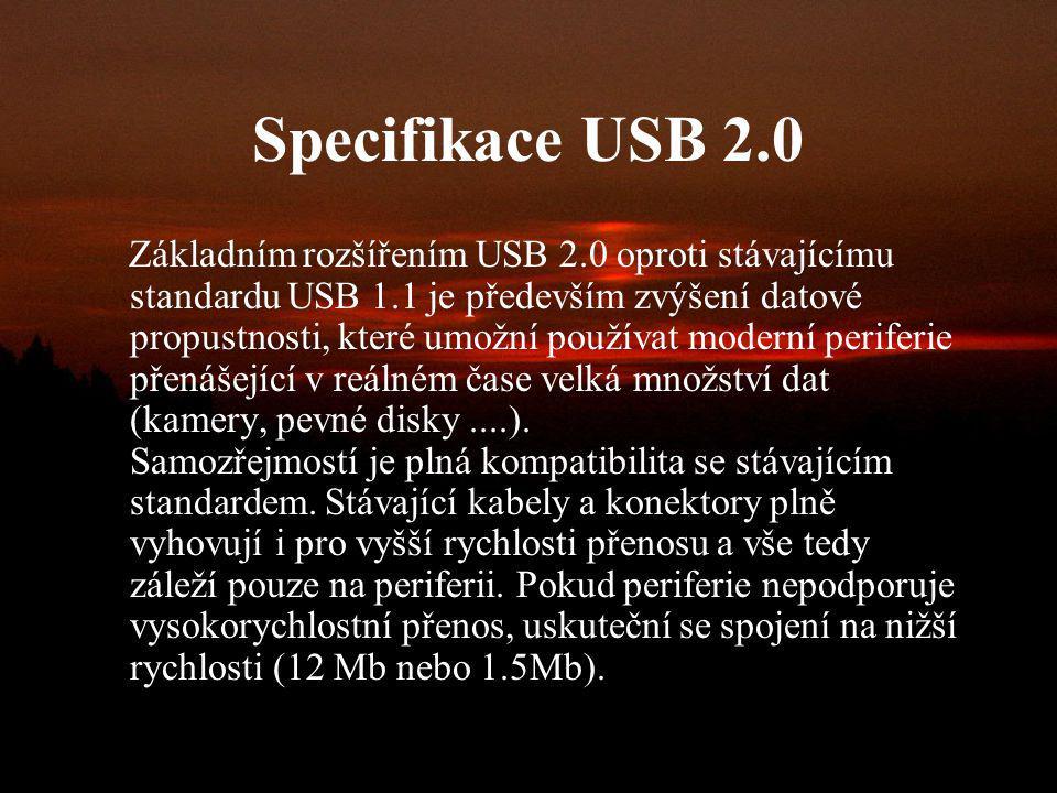 USB 2.0 V roce 2000 vznikla revize 2.0, která podporuje přenosové rychlosti až do 480 Mb/s. Tato poslední verze USB se na trhu výrazně prosadila až na