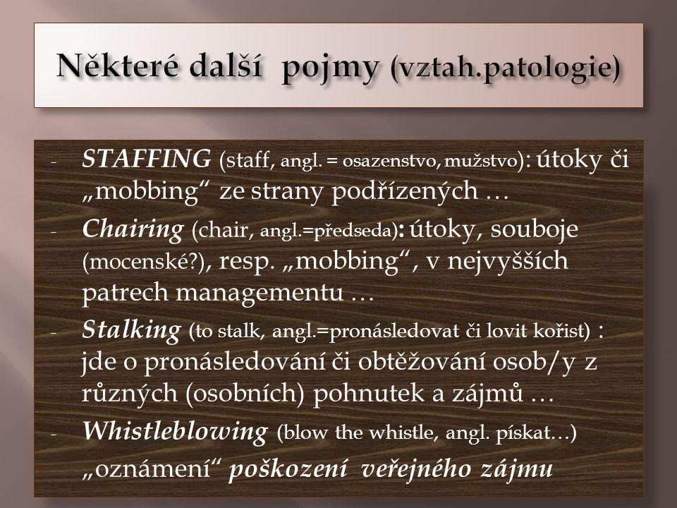 - STAFFING (staff, angl.