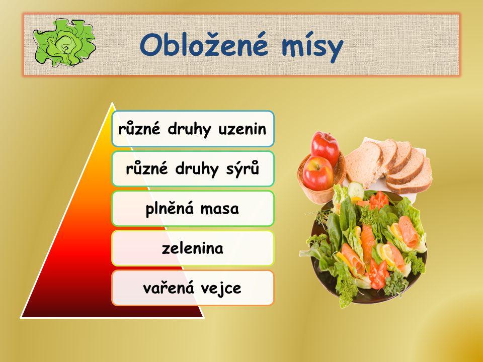 Obložené mísy různé druhy uzeninrůzné druhy sýrůplněná masazeleninavařená vejce