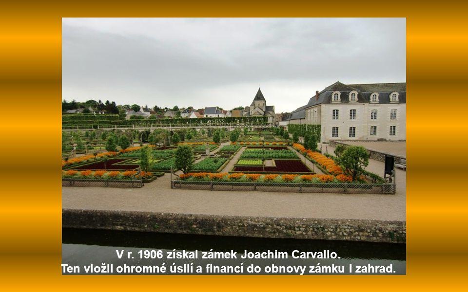 Zámek Villandry leží v departmentu Indre-et-Loire, je známý především svými překrásnými renesančními zahradami.