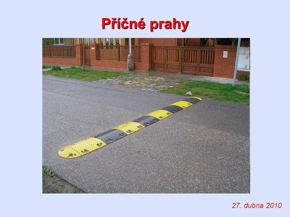 stavebně-dopravní zařízení Příčný práh – definice slouží ke: snížení rychlosti vozidel dodržování dovolených rychlostí vozidel