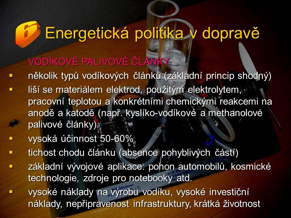 VODÍKOVÉ PALIVOVÉ ČLÁNKY  několik typů vodíkových článků (základní princip shodný)  liší se materiálem elektrod, použitým elektrolytem, pracovní teplotou a konkrétními chemickými reakcemi na anodě a katodě (např.
