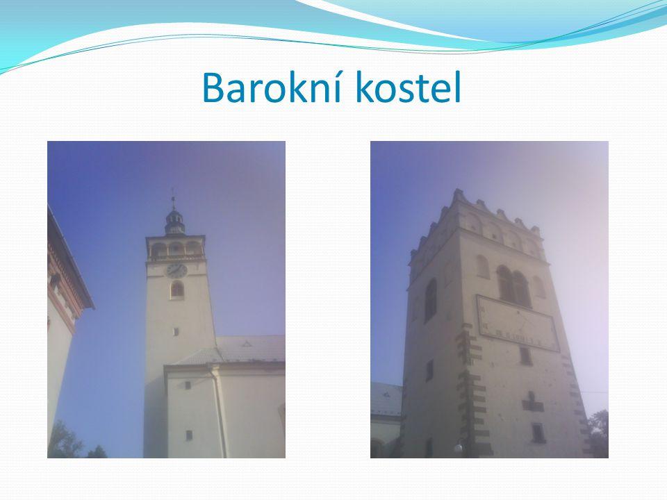 Barokní kostel Když jsme šli dále k Helfštýnu přes Lipník, narazili jsme na barokní kostel.