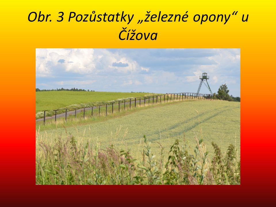 """Obr. 3 Pozůstatky """"železné opony"""" u Čížova"""