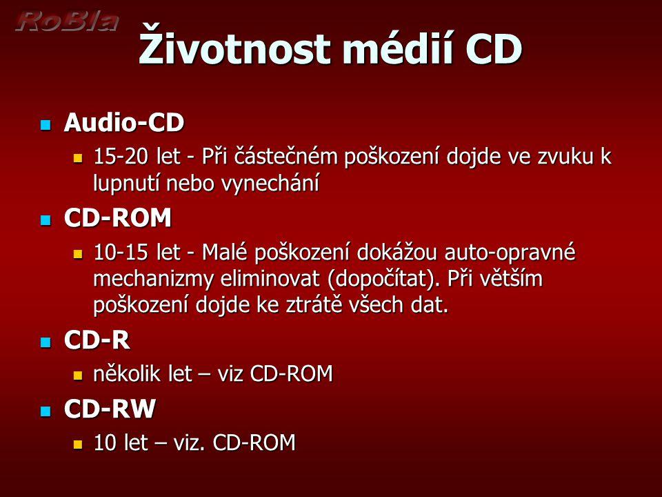 Životnost médií CD Audio-CD Audio-CD 15-20 let - Při částečném poškození dojde ve zvuku k lupnutí nebo vynechání 15-20 let - Při částečném poškození dojde ve zvuku k lupnutí nebo vynechání CD-ROM CD-ROM 10-15 let - Malé poškození dokážou auto-opravné mechanizmy eliminovat (dopočítat).