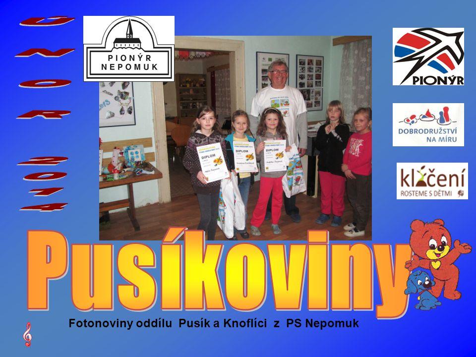 Naše oceněná děvčata Adélka, Kristýnka a Andělka. Míra také dostal cenu.
