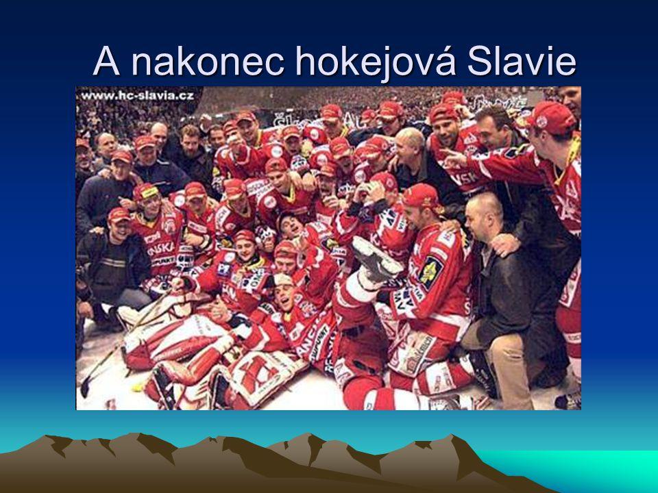 A nakonec hokejová Slavie