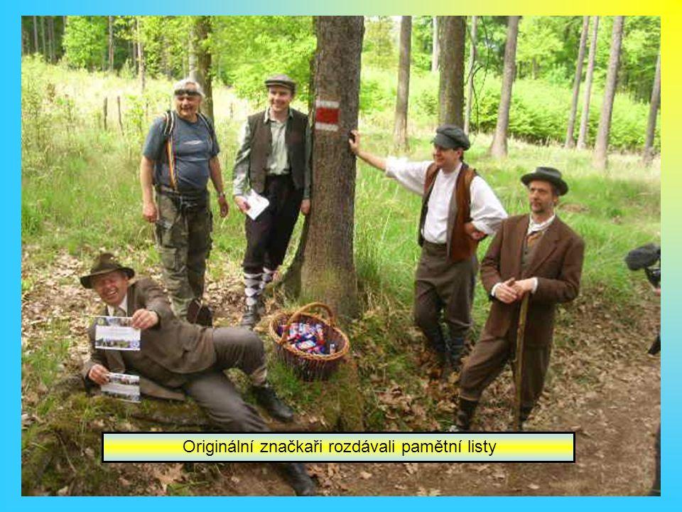 První značené turistické stezky Štěchovice-Svatojánské proudy