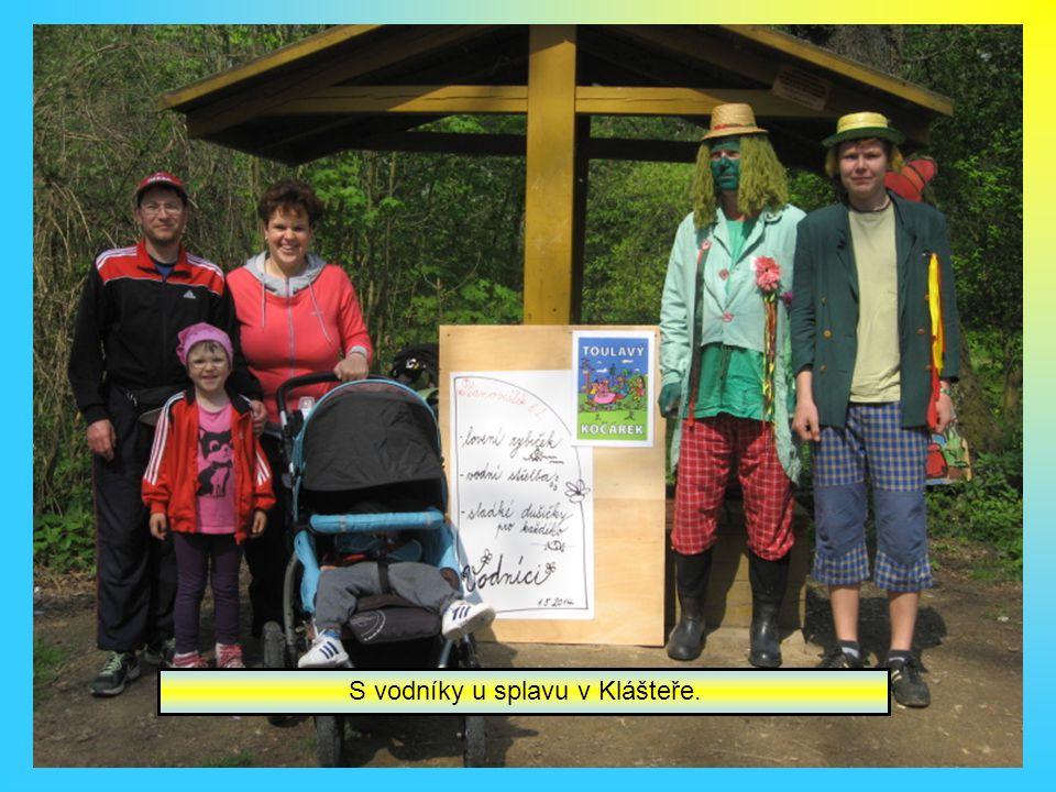Součástí pochodu byla i trasa pro rodiče s dětmi. Tradičně pomáhal i Pionýr Nepomuk