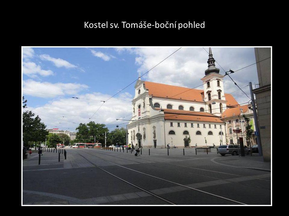 Kostel sv. TOMÁŠE-Moravské náměstí