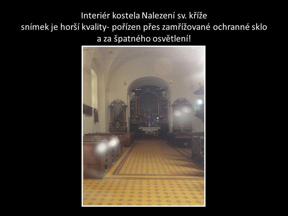 Kostel Nalezení sv. kříže a klášter kapucínů-Kapucínské náměstí