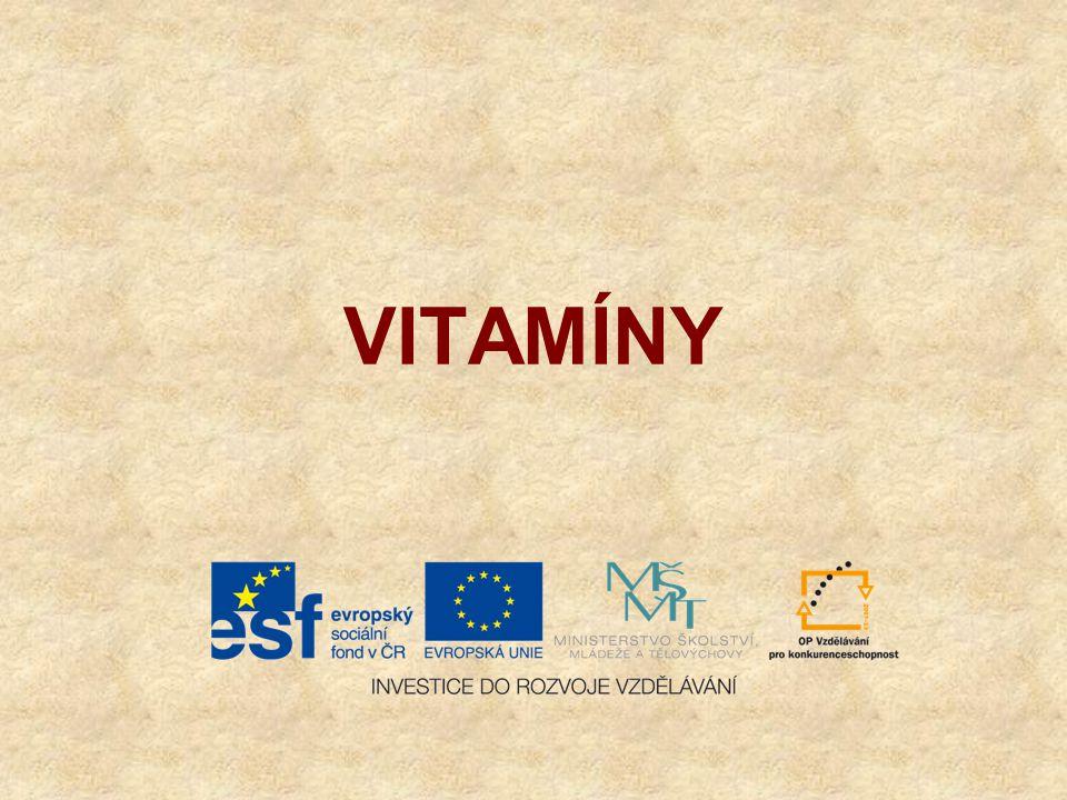 Vitamíny jsou přírodní látky různého složení,převážně rostlinného původu usnadňují chemické přeměny v buňkách živých organizmů jsou nezbytnou složkou potravy v potravě je přijímáme přímo, anebo ve formě provitamínů (=v těle se díky enzymům na vitamíny přeměňují) značí se velkými tiskacími písmeny a dělí podle rozpustnosti: na rozpustné v tucích: A, D, E, K na rozpustné ve vodě B, C