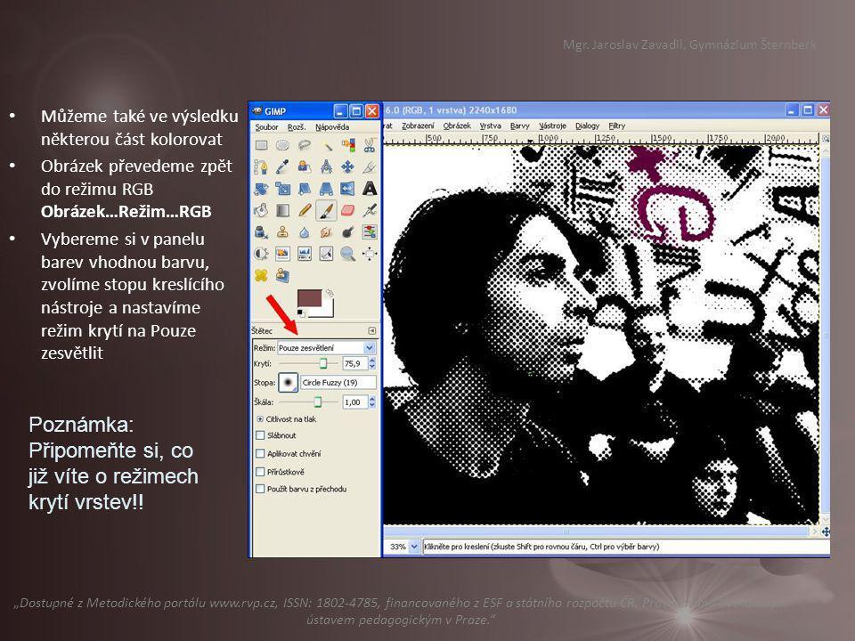 V některých případech (třeba u prezentací, www stránkách atd.) je možno využít zajímavého efektu – mapování fotografií na objekt.