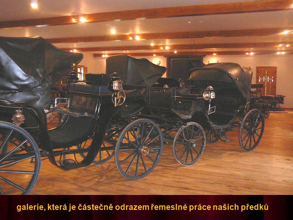 Postupným restaurováním pozůstatků kočárů vznikla nenapodobitelná