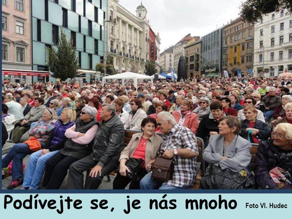 Zajít se pobavit, takhle se slavil svátek seniorů v Brně.