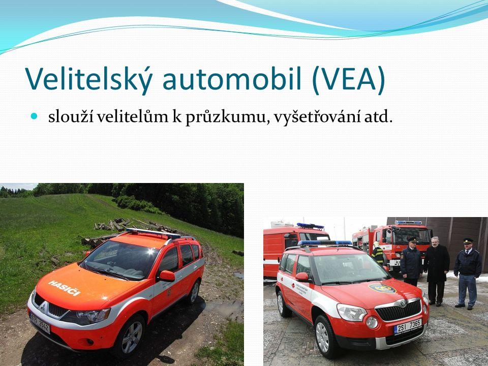 Velitelský automobil (VEA) slouží velitelům k průzkumu, vyšetřování atd.