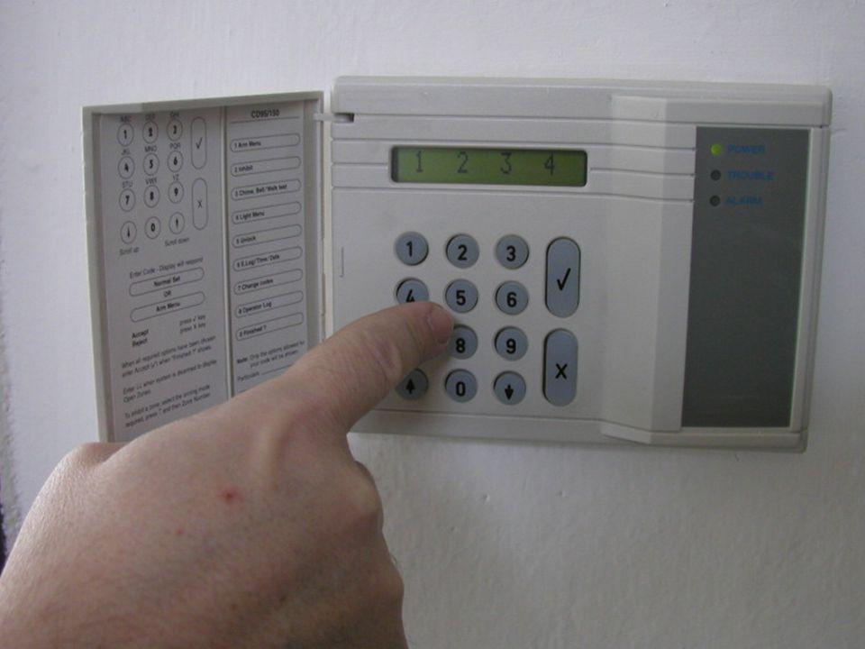 Ústřednu je třeba brát jako každou jinou techniku v domácnosti – rádio, televizi, magnetofon, počítač, CD přehrávač.