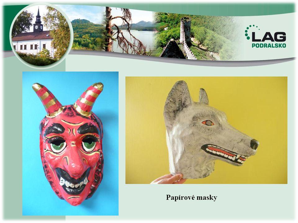 Papírové masky
