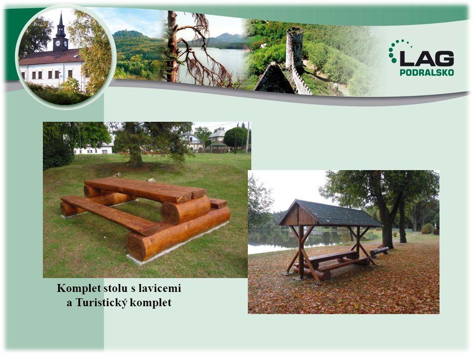 Komplet stolu s lavicemi a Turistický komplet