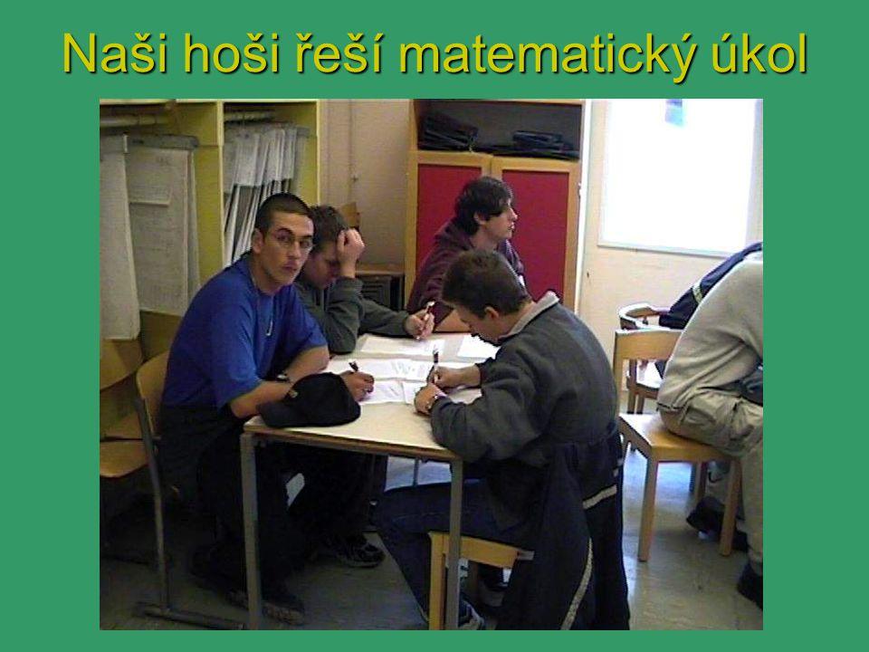 Naši hoši řeší matematický úkol
