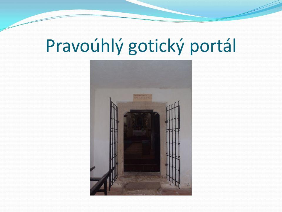 Pravoúhlý gotický portál