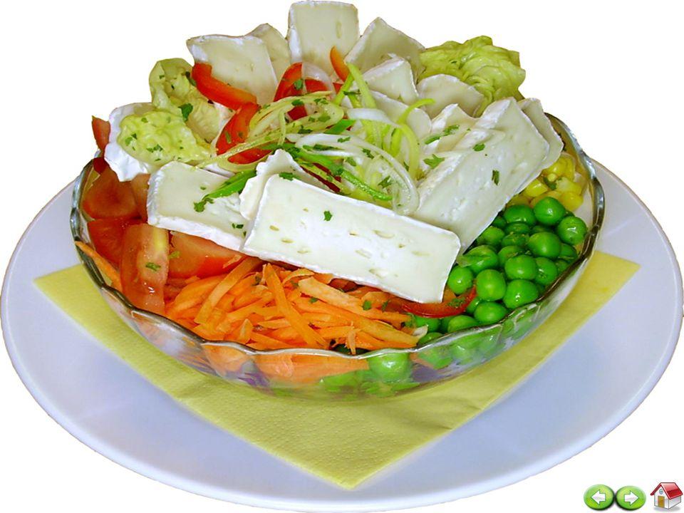 14 zajišťujeme celodenní stravu odpovídající věku, zásadám racionální výživy a potřebám dietního stravování celodenní strava se skládá ze 3 hlavních jídel, 1 svačiny, (u diabetické stravy 2 svačiny a 2 večeře) strava je připravovaná ve vlastní kuchyni uživatel má právo zda bude odebírat lékařem stanovenou dietu či nikoliv uživatel má možnost si stravu odhlásit či odebrat i mimo stanovenou dobu STRAVA
