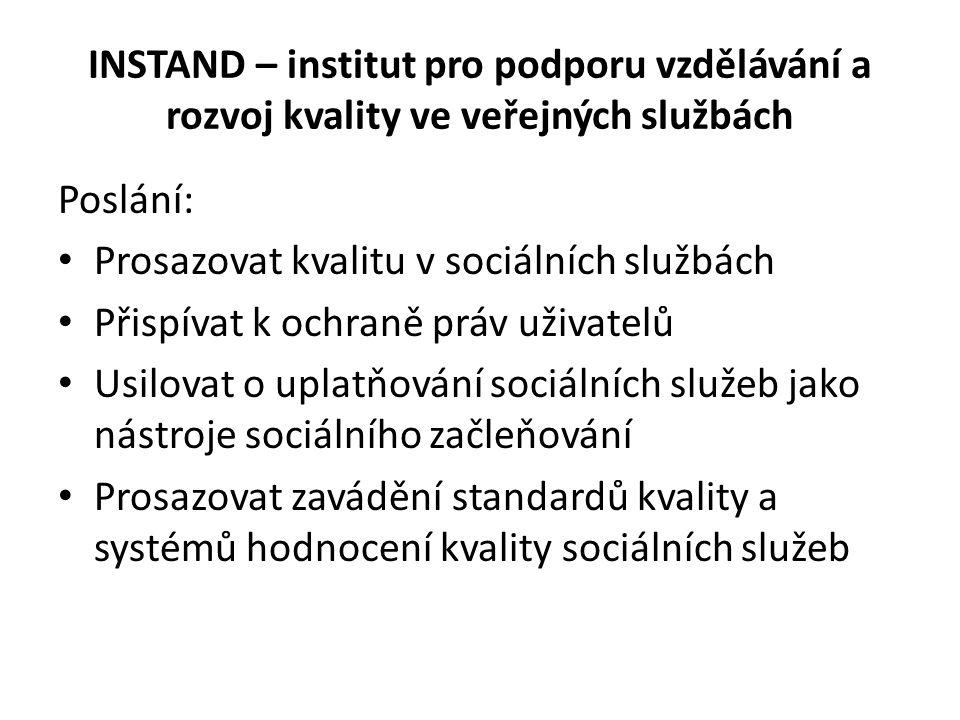 Definice sociální práce Společenská vědní disciplína a praktická činnost.