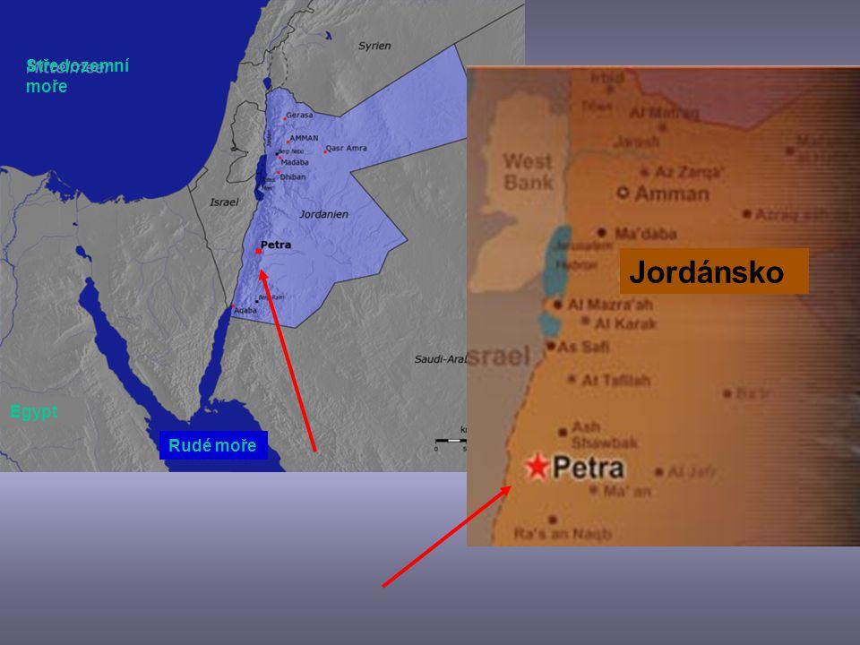2. Skalní město Petra Jordánsko Postavené cca 300 let před Kristem