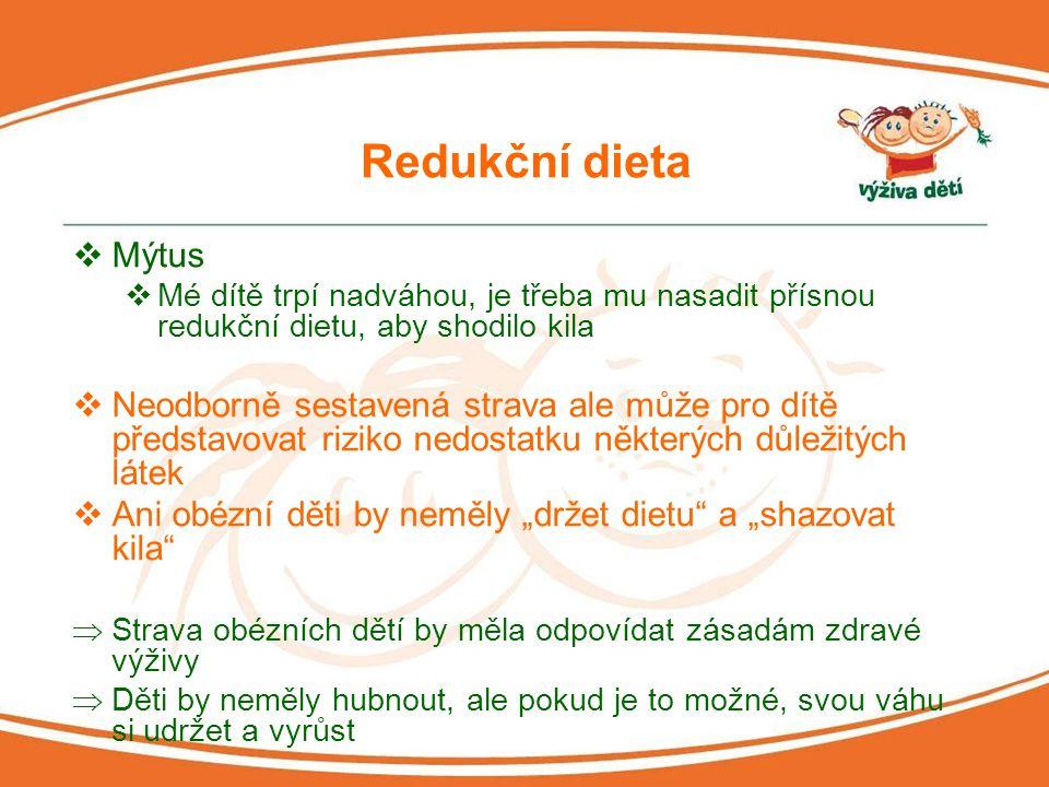 Sójové potraviny  Mýtus  Sója patří mezi velmi moderní a zdraví prospěšné potraviny, je tedy vhodná i jako součást dětského jídelníčku  Sója však obsahuje velké množství vlákniny, fytoestrogeny a tzv.