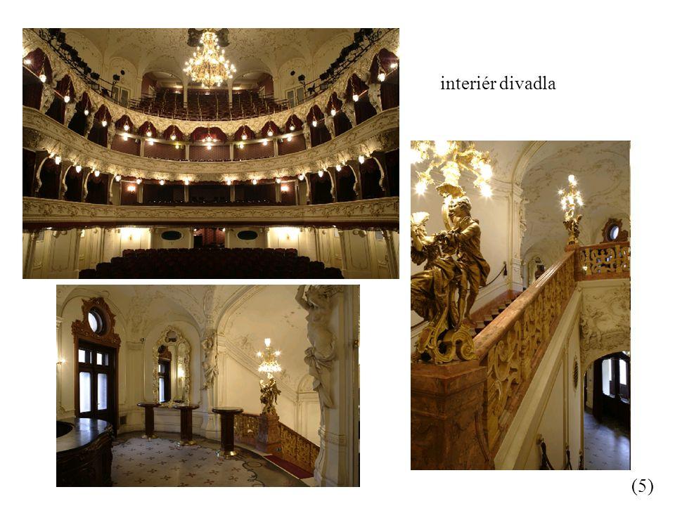 interiér divadla (5)