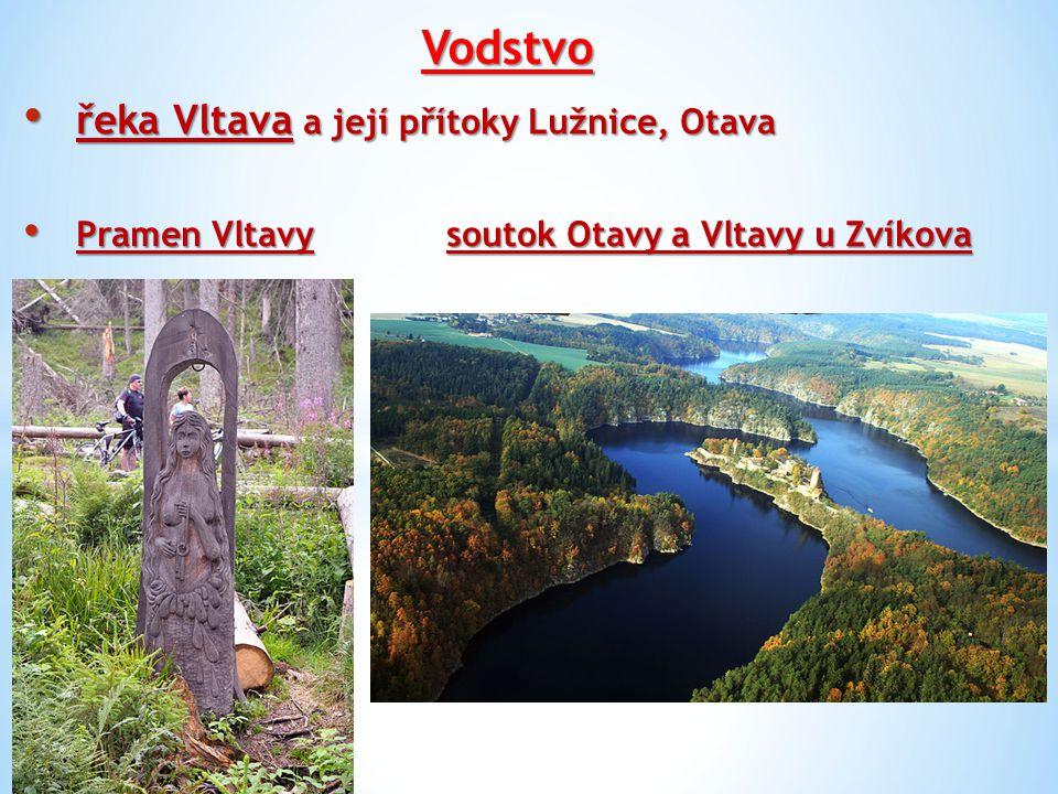 Vodstvo přehradní nádrže: Orlík, Lipno, Římov přehradní nádrže: Orlík, Lipno, Římov rybníky: Rožmberk (největší, 489 ha, objem 6,2 mil m3, max.