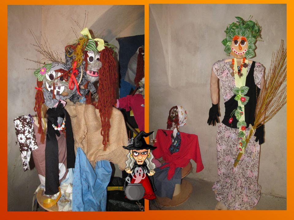 Celkem bylo na naší výstavě 53 obrázků a figurek čarodějnic