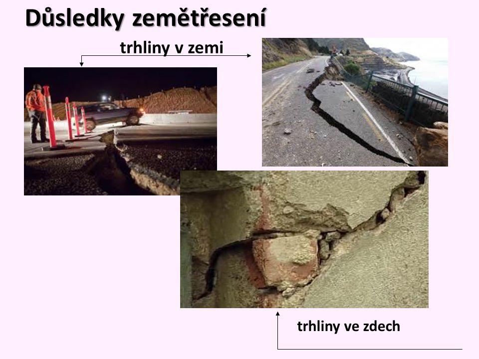 Důsledky zemětřesení trhliny v zemi trhliny ve zdech