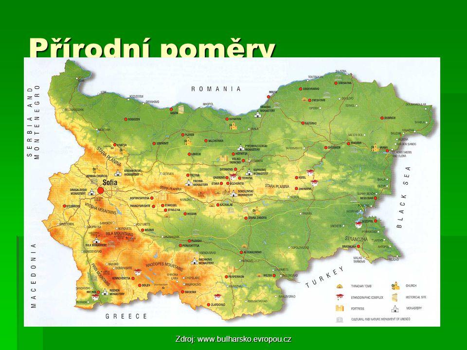 Povrch   Jižní Karpaty   Stara Planina   Thrácko-makedonský masiv – Rila, Vitoša, Rodopy, Pirin   Nejvyšší hora – Musala (2925 m n.