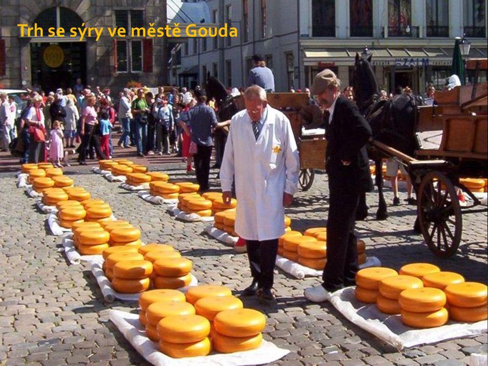Trh se sýry ve městě Gouda