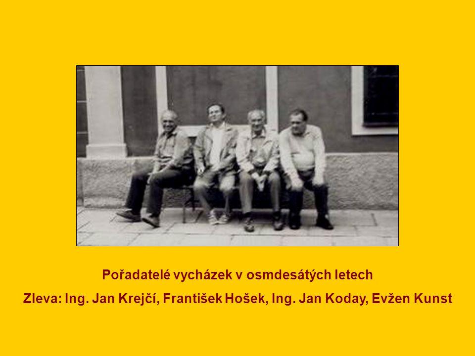V popředí zleva: Oldřich Jelínek, Zdeňka Hošková, Jarka Zemanová, MVDr. Františka Kuchařová, Ing. Jan Kuchař Nahoře: předseda Ing. Jan Koday