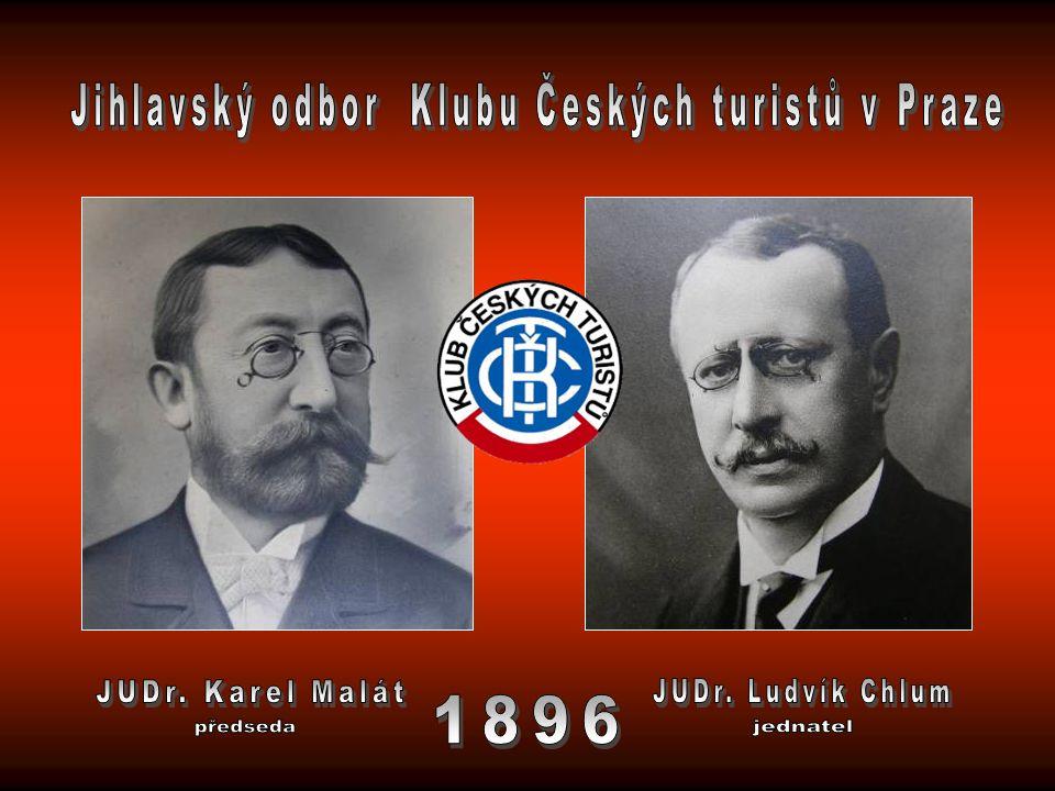 Luděk Zápotočný, předseda Jiří Veselý a František Dörrer už odpracovali mnoho hodin při zvelebování chaty na Čeřínku