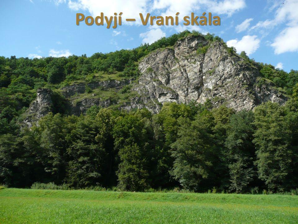 Drahanská vrchovina hřeben se táhne od Brna po Prostějov v Olomouckém kraji nejznámnější část – Moravský kras