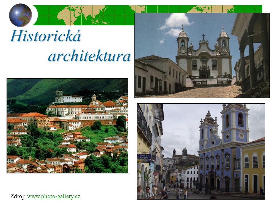 Historická architektura Zdroj: www.photo-gallery.czwww.photo-gallery.cz