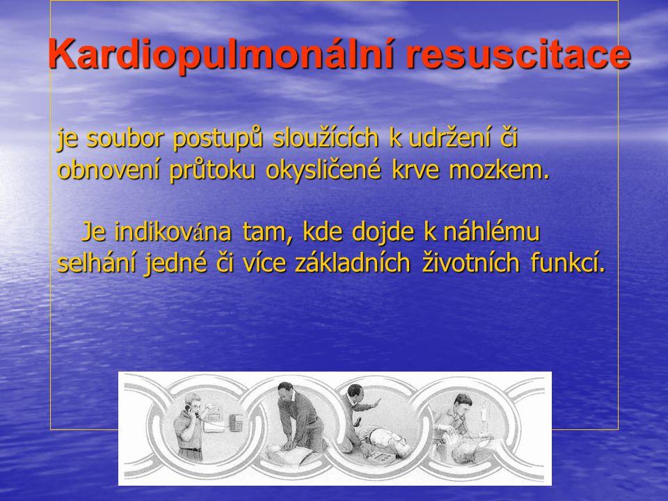 Odlišnosti KPR u dětí Poměr počtu dechů a kompresí hrudníku : - laik, 1 zachránce 30 : 2 začíná se 5 vdechy - dva zachránci mohou užít poměr 15 : 2 ….platí pro děti do 10-12 let věku Poměr počtu dechů a kompresí hrudníku : - laik, 1 zachránce 30 : 2 začíná se 5 vdechy - dva zachránci mohou užít poměr 15 : 2 ….platí pro děti do 10-12 let věku Novorozenec- nutno bránit ztrátám tepla -iniciální dechy musí trvat 2-3 sec.- rozepětí plic - není doporučován trach.