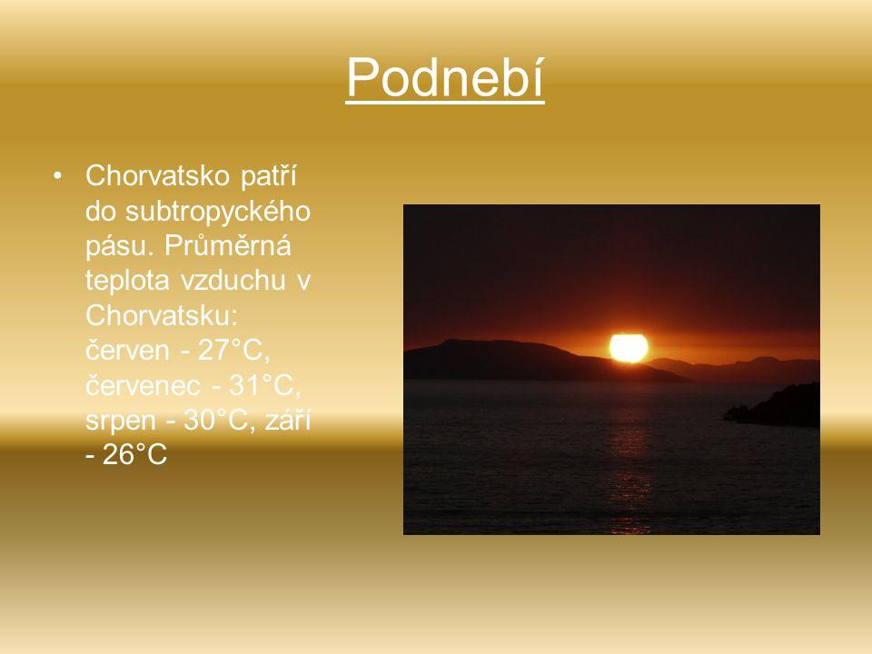 Podnebí Chorvatsko patří do subtropyckého pásu. Průměrná teplota vzduchu v Chorvatsku: červen - 27°C, červenec - 31°C, srpen - 30°C, září - 26°C