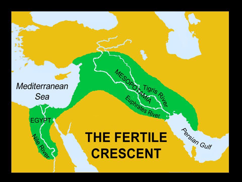 Dějiny Egypta se dělí na období: archaické / stará říše/ střední říše / nová říše/ pozdní období 32 dynastií panovníků