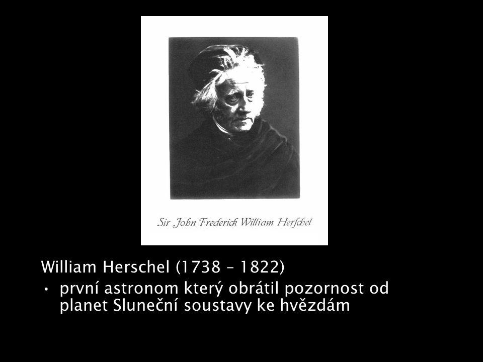 """V roce 1905 Albert Einstein publikuje speciální teorii relativity –postuluje mezní rychlost světla """"c –zobecňuje Galileovy principy relativity pohybu na všechny fyzikální zákony – žádná rovnoměrně a přímočaře se pohybující se soustava není nadřazena jiné, nelze určit absolutní pohyb nebo klid –relativizuje čas, ruší jeho absolutní podstatu a nezávislost na prostoru –""""speciální je proto, protože popisuje jen inerciální soustavy Speciální teorie relativity řešila nakupené problémy fyziky –problém éteru, Michelsonův pokus z roku 1881"""